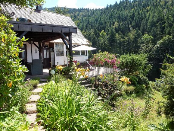 Blick auf das Ferienhaus im Schwarzwald
